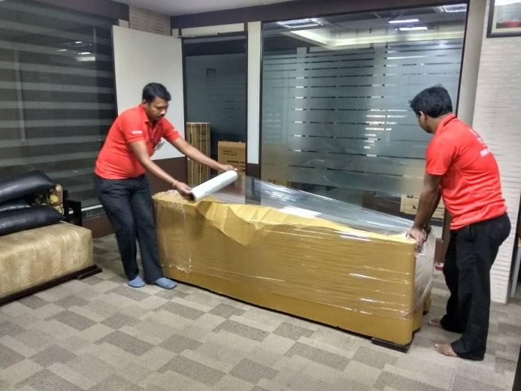 خدمات نقل أثاث في أبو ظبي